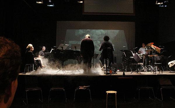 Rehearsing ...... | Photo: Louise Kirkegaard